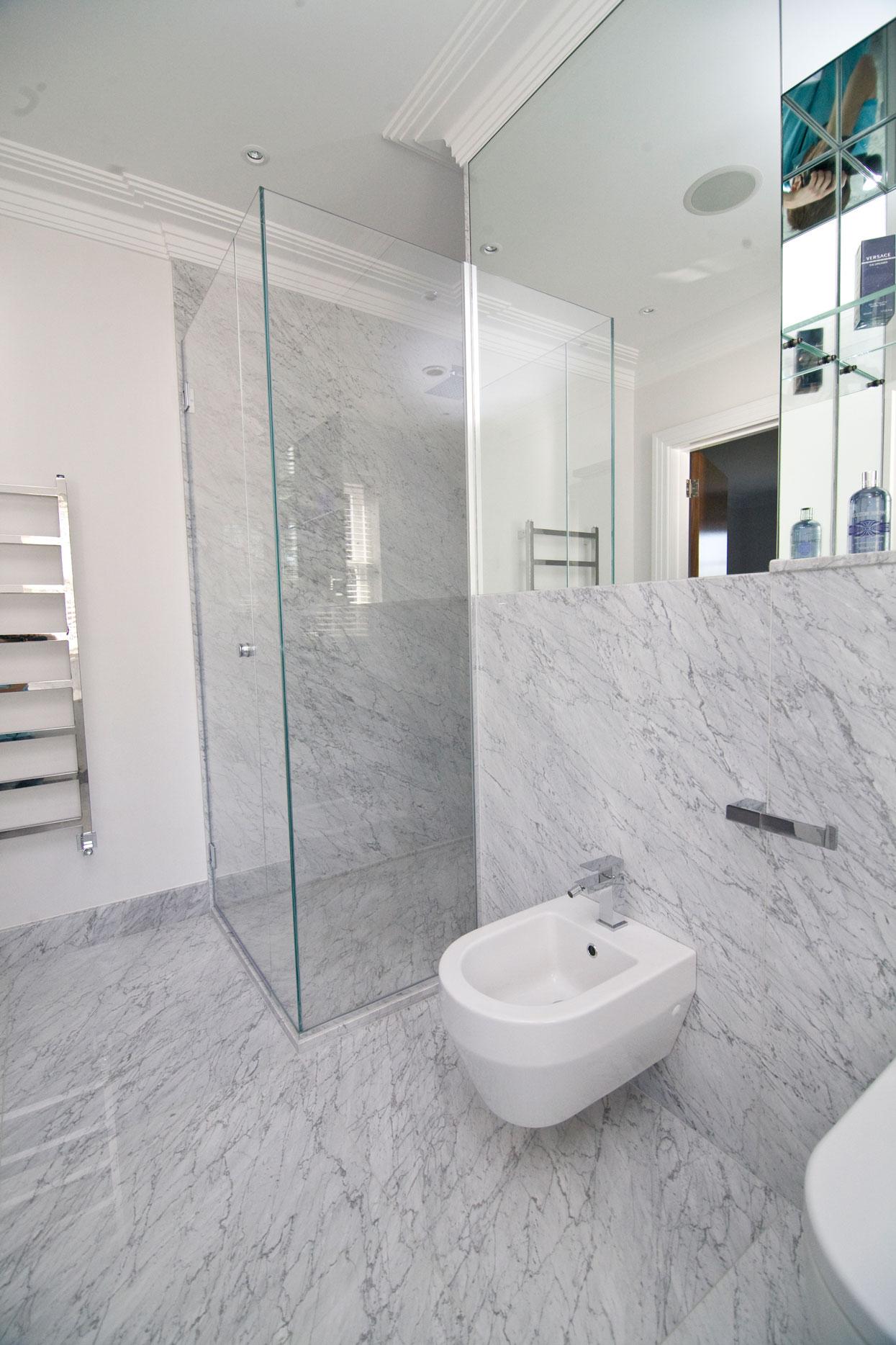 Marbonyx Houckham Bianco Carrara Bathroom-2