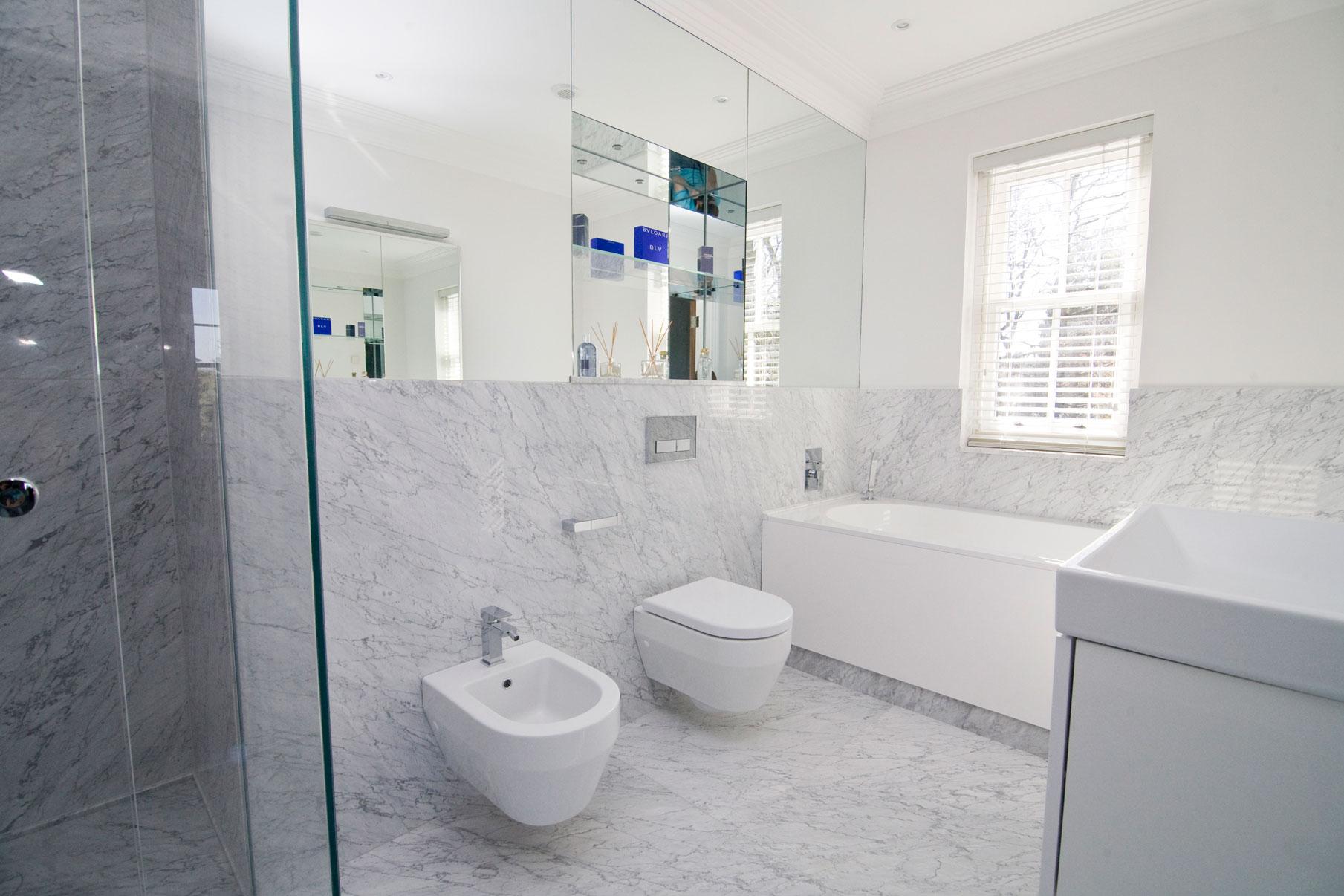 Marbonyx Houckham Bianco Carrara Bathroom-3