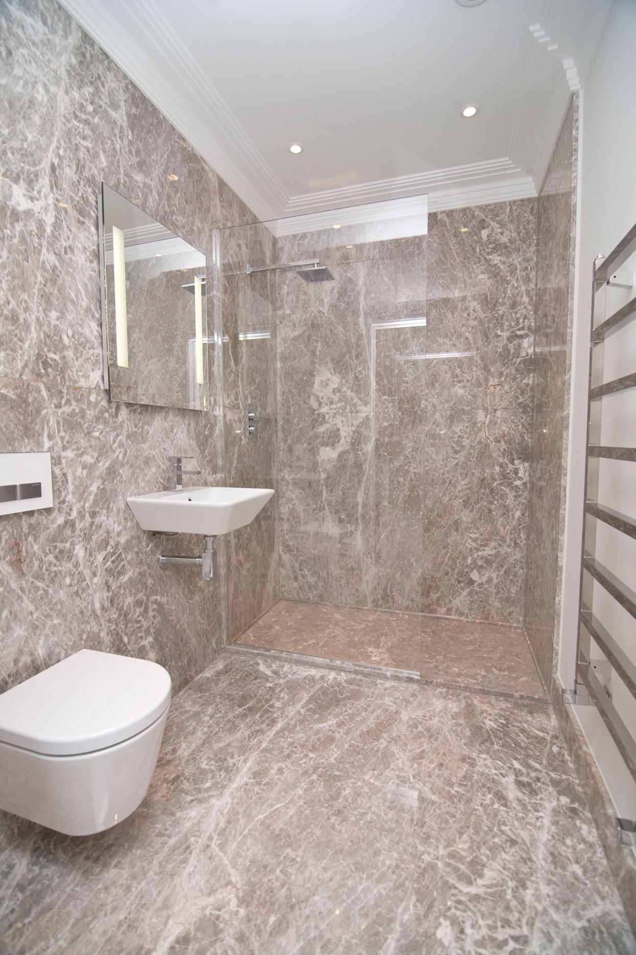 Marbonyx Houckham Fior Di Pesco Bathroom-2
