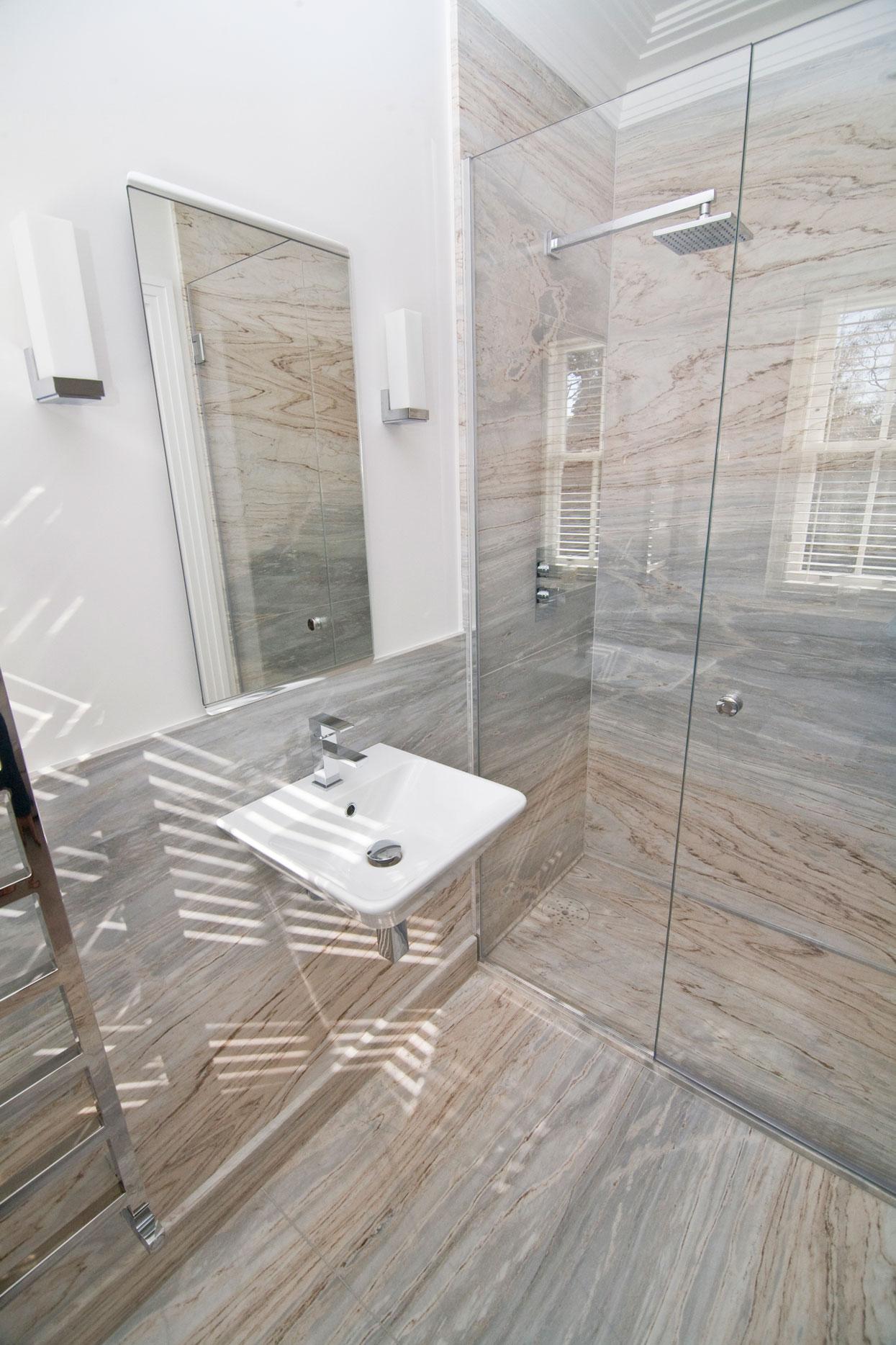 Marbonyx Houckham Palisandro Bluette Bathroom-2