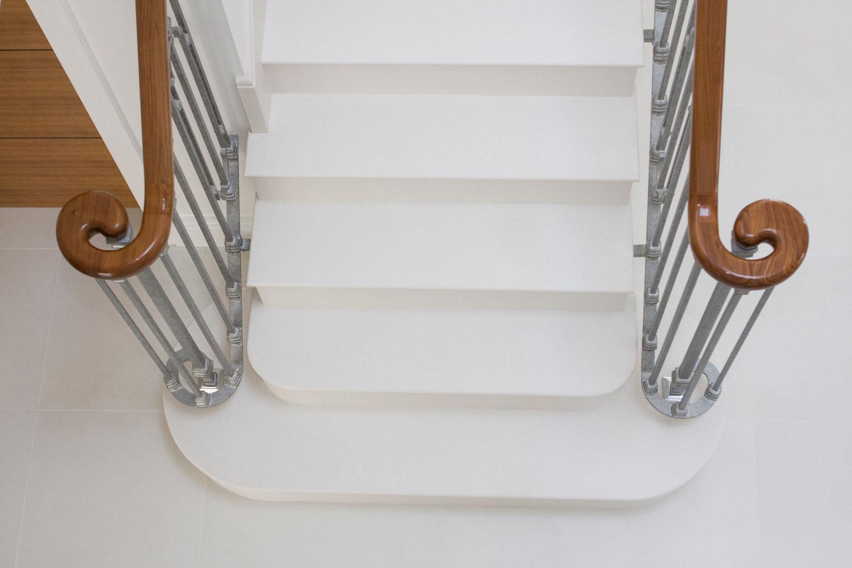 Marbonyx Houckham Staircase-1