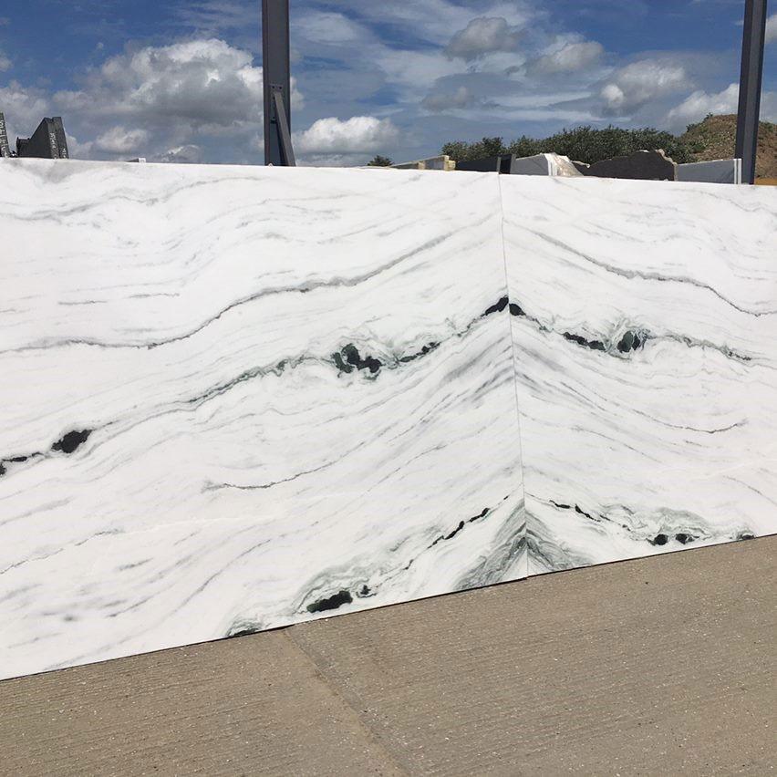 Marble Panda White Marbonyx Bathroom Flooring